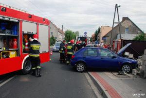 wypadek samochodowy straz pozarna 300x202 - W kadrze