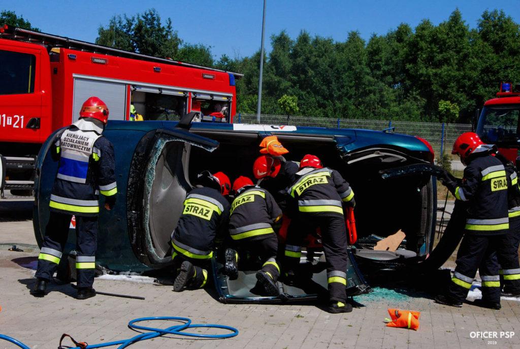 wypadek samochodowy strazacy 1024x688 - Służba