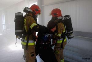 strazacy ewakuacja 300x202 - Ćwiczenie obronne