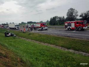 wypadek drogowy straz pozarna autostrada 300x225 - Kolejne służby młodego oficera