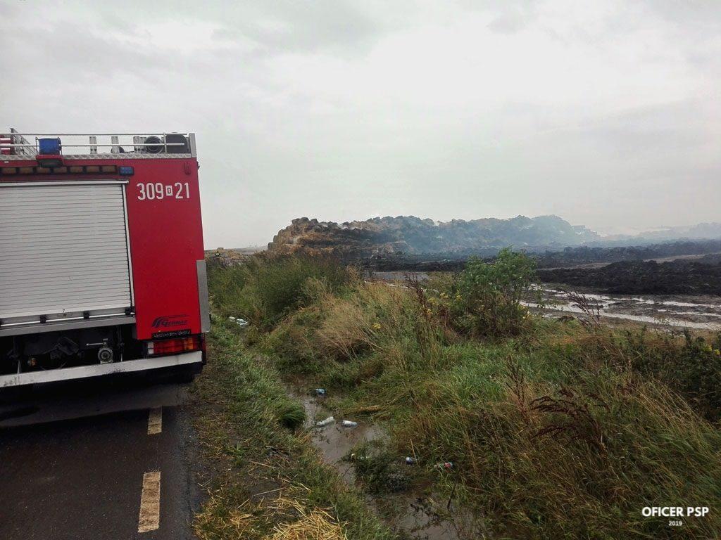 pozar sloma gba 1 1024x768 - Pożar stert słomy w Jordanowie Śląskim